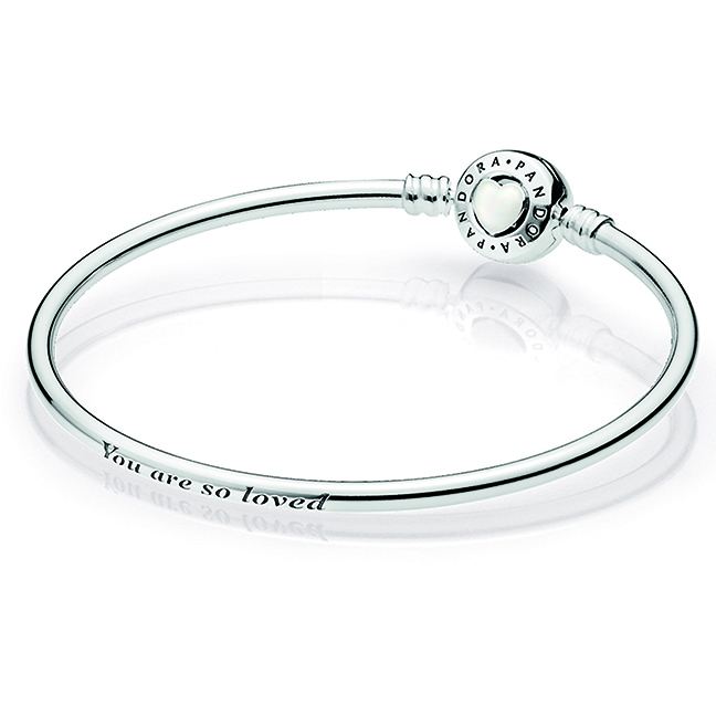 c0965e9ae 590746EN23-17 - Sterling Silver 6.7in Bangle Tree of Hearts Gift Set